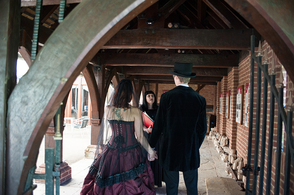 gothic wedding ceremonies
